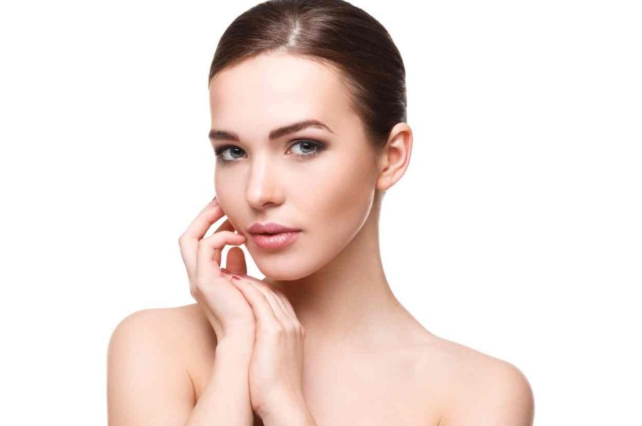 How To Maintain Your Skin's Youthfulness In Natural Ways